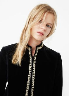 Velvet fabric Contrasting trim finish Embroidered details Rounded neck Structured Long sleeve Two side welt pockets Soft finish Velvet Jacket, Mango, Pearl Necklace, Mens Fashion, Unisex, Chain, Jackets, Macedonia, Clothes