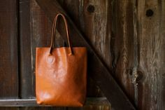 Hey, I found this really awesome Etsy listing at https://www.etsy.com/listing/291451445/the-essential-tote-in-cinnamon-leather
