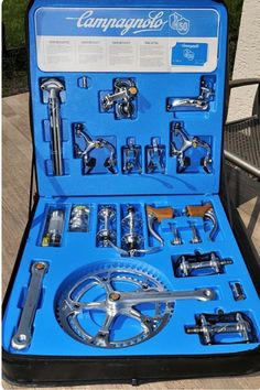 Campagnolo Anniversary group set A Thing of Beauty Bici Retro, Velo Retro, Velo Vintage, Retro Bicycle, Vintage Bicycles, Road Bikes, Cycling Bikes, Bici Fixed, Bike Components