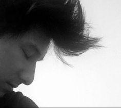 1. seine Nase *.* 2. seine Haare*.* 3. er ist toll *.*
