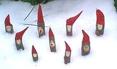 Nisser i sneen. Foto: Nanna Johansen