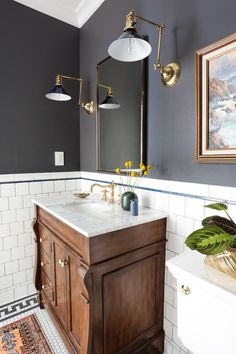 Easy and fun bathroom decor tips - Are you hunting for ideas for your bathroom design and style? With these wonderful bathroom layouts, there is a room for everyone. Click the link to learn more. Bathroom Interior Design, Decor Interior Design, Interior Decorating, Decorating Ideas, Bad Inspiration, Bathroom Inspiration, Bathroom Ideas, Bathroom Vanities, Bathroom Wall