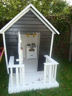 playhouse front deck