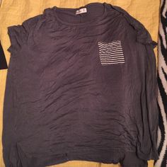 Hollister oversized Tee Never been worn but no tags Tops Tees - Short Sleeve