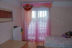 Kinderzimmer Vorhang im klassischen Stil in pink und lachs - http://www.gardinen-deko.de/kinderzimmer-vorhang-im-klassischen-stil-pink-und-lachs/