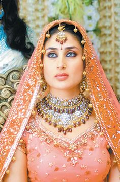"Kareena Kapoor is a great Indian actress and she give more then 10 hit film to Indian Bollywood. Kareena Kapoor date of birth is 21 September 1980 and nicknamed ""Bebo"", is an Indian act… Indian Celebrities, Bollywood Celebrities, Bollywood Actress, Bollywood Stars, Bollywood Fashion, Bollywood Makeup, Kareena Kapoor Wedding, Karena Kapoor, Indian Bridal Wear"