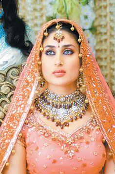 Kareena Kapoor in 'Chup Chup Ke' -- Bollywood Movie