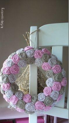 """Rózsakoszorú - """"Rózsalugas"""", Baba-mama-gyerek, Otthon, lakberendezés, Dekoráció, Esküvő, Meska Fall Crafts, Diy Crafts, Baba, Bottle Crafts, Decoupage, Wreaths, Country, Home Decor, Autumn Crafts"""