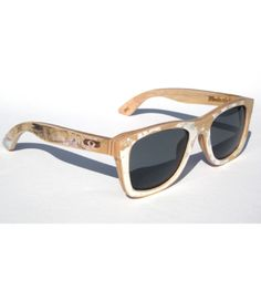 We took broken skateboards and turned them into polarized sunglasses with top notch Zeiss polarized lenses! Every pair is 100% recycled and 100% unique in design! To purchase, go to www.modasten.com. If you are a retailer interested in carrying this line please email us at modasten@gmail.com for pricing details.