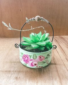 Decoupage, Cactus, Planter Pots, Africa, Instagram, Hanging Flower Pots, Painted Flower Pots, Pop Cans, Recycled Tin Cans
