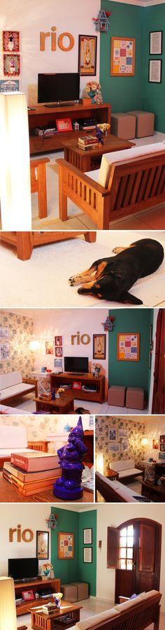 Super legal parede em duas cores e simplicidade e beleza dos móveis