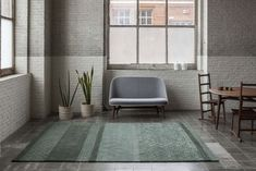 Neri & Hu took inspiration from the tile patterns of Shanghai streets for the nanimarquina Jie Rug. String Regal, Modern Furniture, Furniture Design, Neri And Hu, Tapis Design, Hand Tufted Rugs, Tile Patterns, Modern Rugs, Rugs On Carpet