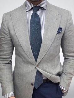Men's fashion 2019 offers many choices for everyone to produce their own style for work, business meetings or only casual get-togethers. Mens Fashion Blog, Best Mens Fashion, Mens Fashion Suits, Fashion Wear, Fashion Outfits, Fashion Basics, Suit And Tie, Business Outfits, Gentleman Style