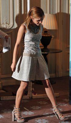 Emma Watson - Inspiration for Photography Midwest | photographymidwest.com | #photographymidwest  skirt