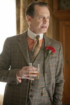 Boardwalk Empire is quickly become one of my favorite TV series not only for the great story lines but also for the style. The 1930's dress code of this series is a joy to behold showing off the style and luxury the gangsters of the time enjoyed.