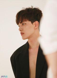 Korean Male Actors, Handsome Korean Actors, Korean Celebrities, Asian Actors, Korean Drama Funny, Korean Drama Movies, Korean Face, Korean Star, Kim Hee Won