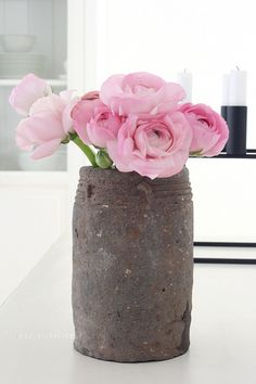 Rosa Ranunkeln by herz-allerliebst, via Flickr