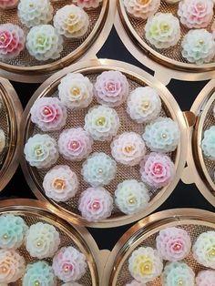 😆ขนมผกากรอง😆 Cute Desserts, Asian Desserts, Sugar Rush, Thai Dumplings, Traditional Thai Food, Foods For Abs, Authentic Thai Food, Tasty Thai, Cute Baking