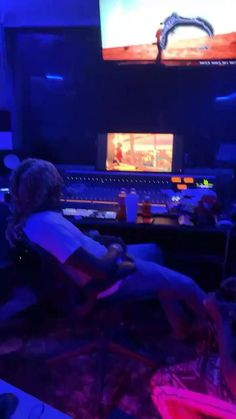 Dj Music Video, Music Videos, Music Aesthetic, Aesthetic Movies, Young Thug Concert, Young Thug Quotes, Young Thug Video, Kobe Bryant Pictures, Vintage Videos