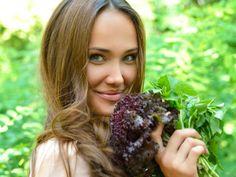 Αδυνατίστε τρώγοντας όλη μέρα | vita.gr Healthy Tips, Healthy Eating, Healthy Recipes, Lose Weight, Weight Loss, Body Care, Food And Drink, Health Fitness, Herbs