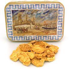 Tejas del Puerto   Las Tejas del Puerto de Santa Maria son el sabor tradicional por excelencia. Elaboradas de manera manual, sin ninguna maquinaria cociéndose en hornos de leña que le da una cocción homogénea una textura crujiente.