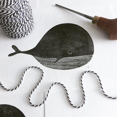 Lino whale by studio-enkelvoud.nl #whale #wavis #blackandwhite #black #lino #print #linoprint #inkt #diy #handmade #card #kaarten #illustratie #illustration #sea #underwaterworld #underwater #onderwater #onderwaterwereld #zelfmaken #linocut #linoleum #touw #little