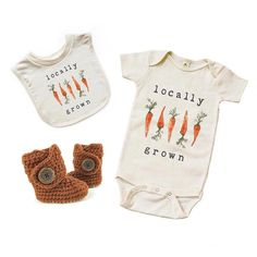How cute are our new Ginger Snap boots with Locally Grown onesie and bib from @miniandmeep? Use code BOOTSANDBIBS to save 10% off @miniandmeeps entire shop! We have very few Ginger Snap boots left so run and grab them before theyre gone forever. {Ginger Snap} #Raspberriez #MiniandMeep