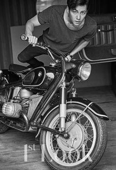 Ji Chang Wook Shares What Drew Him Into Riding Motorcycles And Choosing His Upcoming Drama Ji Chang Wook Smile, Ji Chang Wook Healer, Ji Chan Wook, Asian Actors, Korean Actors, Korean Dramas, Ji Chang Wook Photoshoot, Fabricated City, Empress Ki