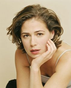 Wallpaper of Maura Tierney for fans of Maura Tierney 35403128 World Most Beautiful Woman, Beautiful People, Laura San Giacomo, Older Actresses, Growing Out Hair, Mary Louise Parker, Cinema, Famous Women, Hair Beauty