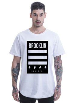 531cd928e7 Camiseta Longline Blast Fit Branco Arredondada