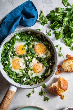 A delicious breakfast dish loaded with greens, leeks, and fresh herbs and of course feta Reuben Sandwich, Vegetarian Breakfast Recipes, Healthy Recipes, Brunch Recipes, Healthy Food, Greek Spinach Pie, Shakshuka Recipes, Sauteed Greens, Clean Eating