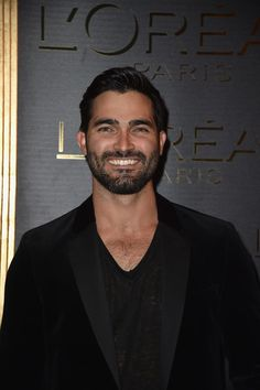 Tyler Hoechlin Photos Photos - Tyler Hoechlin attends the Gold Obsession Party - L'Oreal Paris : Photocall as part of the Paris Fashion Week Womenswear Spring/Summer 2017 on October 2, 2016 in Paris, France. - Gold Obsession Party - L'Oreal Paris : Photocall - Paris Fashion Week Womenswear Spring/Summer 2017