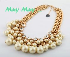 WHITE PEARL STATEMENT NECKLACE MXN300.00