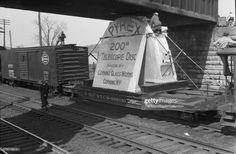 News Photo: Men checking on the height of the structure ... Pyrex, Corning Glass, New York, Telescope, In The Heights, Pop Culture, Nyc, Image, Things To Do