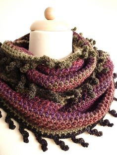 Curlyfringesloop: free pattern