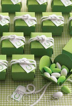 Sailor Knots for Favor Boxes - Martha Stewart Weddings Favors Wedding Favor Printables, Wedding Favours, Wedding Themes, Wedding Colors, Party Favors, Wedding Tokens, Wedding Keepsakes, Wedding Receptions, Shower Favors