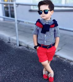 Learn about these stylish kids clothes Little Boy Outfits, Little Boy Fashion, Kids Fashion Boy, Toddler Fashion, Baby Boy Outfits, Outfits Niños, Kids Outfits, Stylish Little Boys, Baby Boy Dress