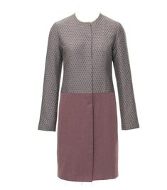 Burda: This coat is a great spring coat, quick and easy with no time consuming details and a clean design.