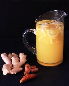 How to Make a Turmeric Ginger Detox Tea