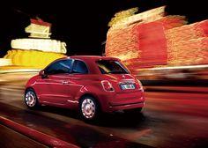 FIAT 500(チンクエチェント) 映画『ルパン三世 カリオストロの城』にルパンの愛車としても登場。