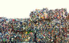 Plastikmüll  Müll vermeiden im Jahr 2015. Oder zumindest Müll vermindern. Bestandsaufnahme erst! Mach mit!  Mehr auf http://www.tomatetomate.eu/muell-vermeiden/