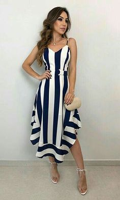 Vestido Midi: Descubra looks perfeitos para arrasar nas festas e no dia a dia! Para que vea lo que dejó escapar. Fall Fashion Outfits, Mode Outfits, Dress Outfits, Autumn Fashion, Fashion Dresses, Elegant Dresses, Cute Dresses, Beautiful Dresses, Casual Dresses