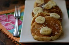 Beautiful fluffy pancakes! Made with coconut flour and sweetened with xylitol.