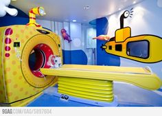 Funny pictures about Hospital for kids in Brazil. Oh, and cool pics about Hospital for kids in Brazil. Also, Hospital for kids in Brazil. Medical Design, Healthcare Design, Healthcare Architecture, Cabinet Medical, Child Life Specialist, Floor Graphics, Hospital Design, Childrens Hospital, Kids Hospital