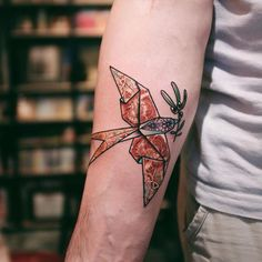 70 Peaceful Dove Tattoo Designs for Guys and Girls Weird Tattoos, Mini Tattoos, Trendy Tattoos, Dove Tattoos, New Tattoos, Tatoos, Origami Tattoo, Dove Tattoo Design, Tattoo Designs