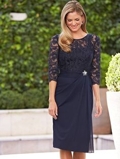 A-line/Princess Scoop 3/4 Sleeves Lace Knee-length Chiffon Mother Of The Bride Dresses