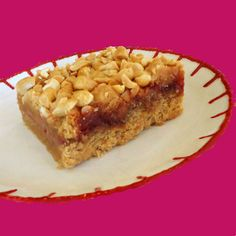 Perfect Bite: Adult PB and J's - Peanut Butter and Jelly Bars Just Desserts, Delicious Desserts, Yummy Food, Tasty, Cookie Recipes, Dessert Recipes, Granola Bars Peanut Butter, Individual Cakes, Cookie Bars