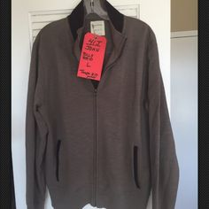 -GR BILLY REED MENS L Taupe Track Jacket NEW! -GR Billy Reed Couture Men's Taupe Brownish Gray Cotton zip front track jacket Sz L Part of Tagged costume for main character John from TV SHOW GRACELAND. No price tags. Seems unworn Long ribbed cuff Sleeves, side front slash pockets. Neck and pockets trimmed in rich chocolate brown velvet. Made of 100% Cotton Blend. Chest- 44, Waist- 38 Length from Shoulder seam to hem- 16, sleeve length-27 Billy Reed Jackets & Coats Utility Jackets