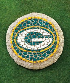 Green Bay Packers NFL Football Mosaic Garden Stepping Stone Yard Patio | eBay~I COULD DIY this!!!!