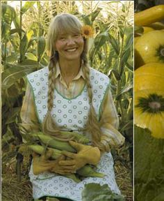 Good example of using an apron to stay clean while garden, the lower part is usful to carry the corn.